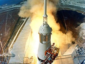 Apollo 11 Launch (Image courtesy of NASA)